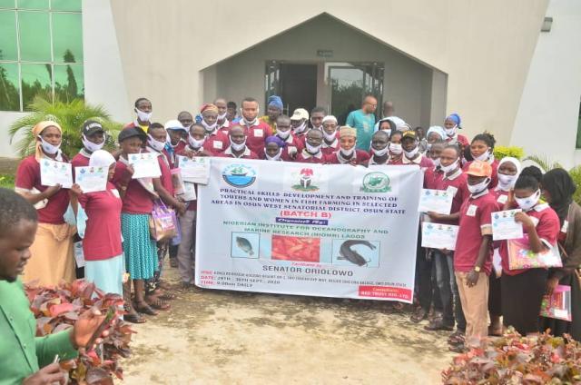 Senator Oriolowo empowers fish farmers