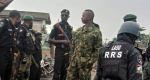 Army, police officers at Ladipo market